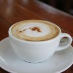 Schnell und lecker: Mit einer Kaffeepadmaschine erhalten Sie immer ein gutes Ergebnis.